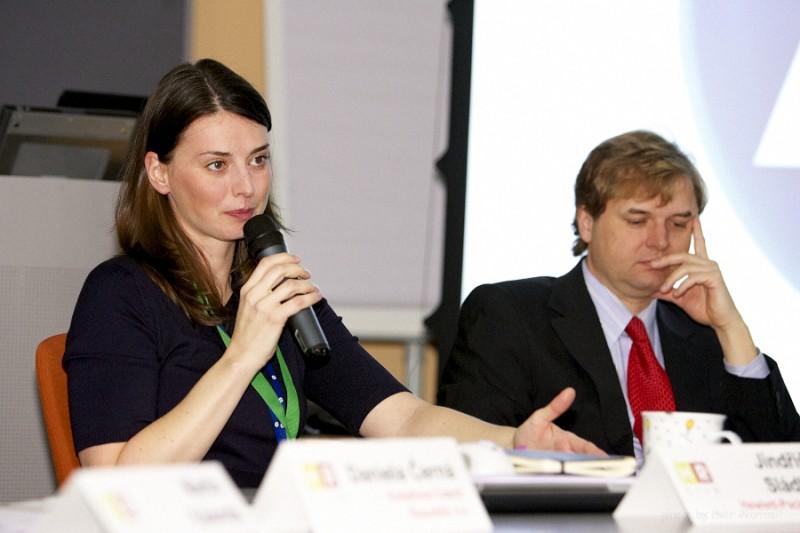 vedoucí diskuse Jindřiška Sládková a Jan Fara ze společnosti Hewlett-Packard