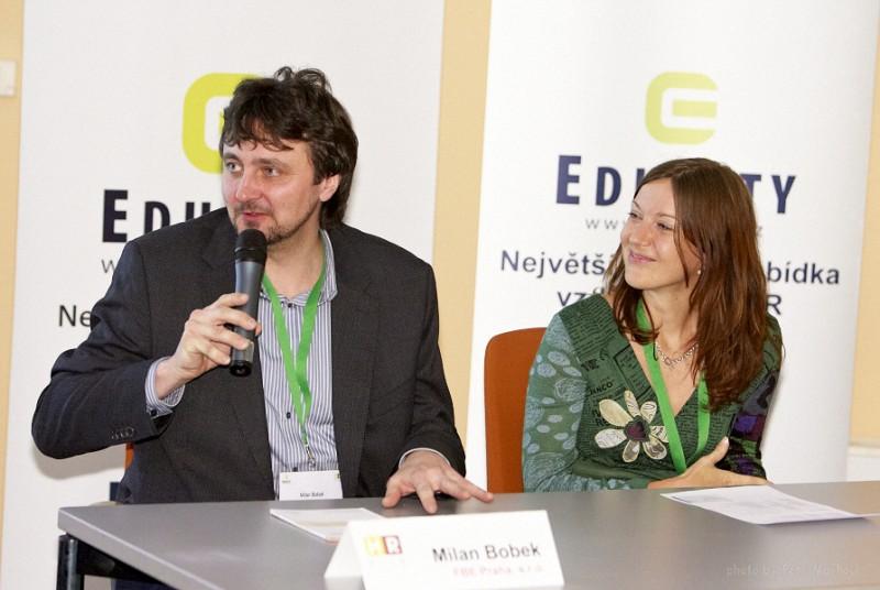 vedoucí diskuse Andrea Jarolímová (Raiffeisenbank) a Milan Bobek (FBE Praha)
